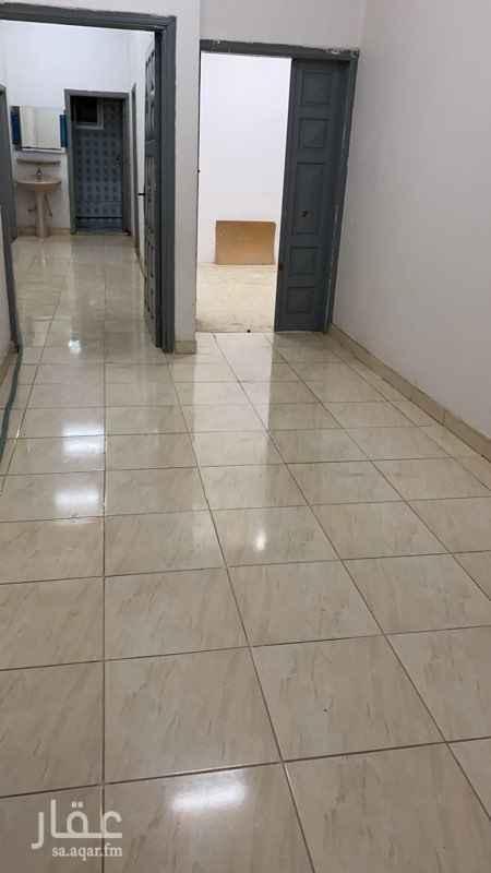 شقة للإيجار في شارع عبدالعزيز العبادي ، حي العريجاء الغربية ، الرياض ، الرياض