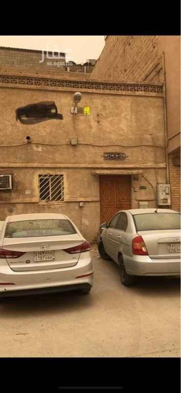 بيت للبيع في شارع مثيبة ، حي غبيرة ، الرياض