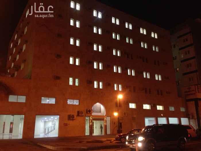عمارة للبيع في شارع وادي الثمامة ، حي العليا ، الرياض ، الرياض