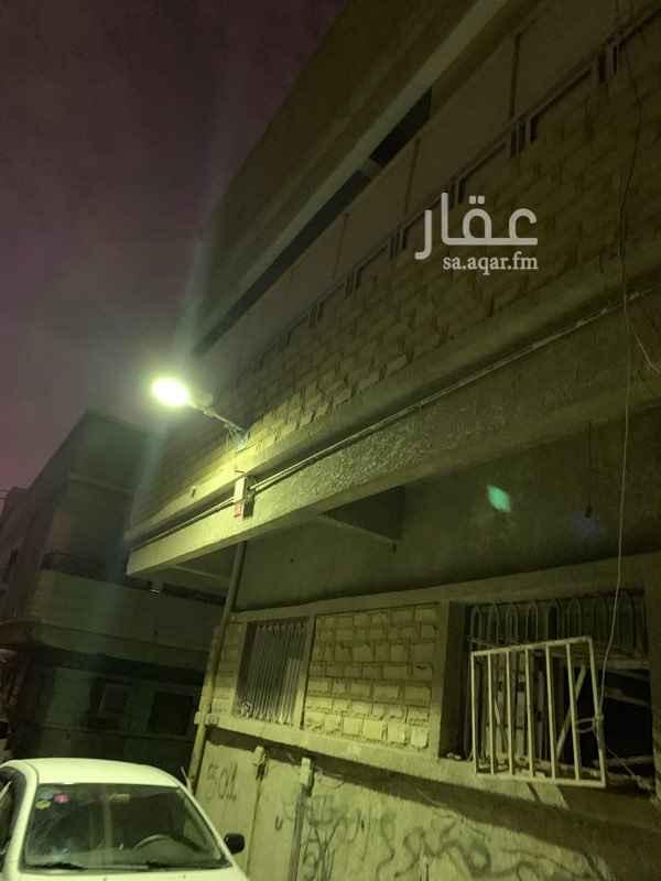 عمارة للإيجار في شارع المعذل العبدي ، حي ام الحمام الشرقي ، الرياض