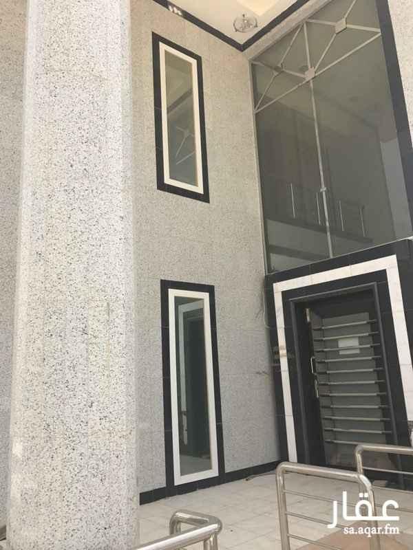 عمارة للإيجار في شارع ابن القفال, العليا, الرياض