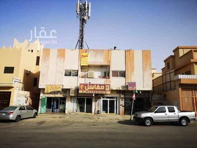 عمارة للبيع في شارع آل عبدالقادر ، حي سلطانة ، الرياض
