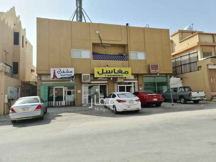 عمارة للبيع في شارع آل عبدالقادر ، حي سلطانة ، الرياض ، الرياض