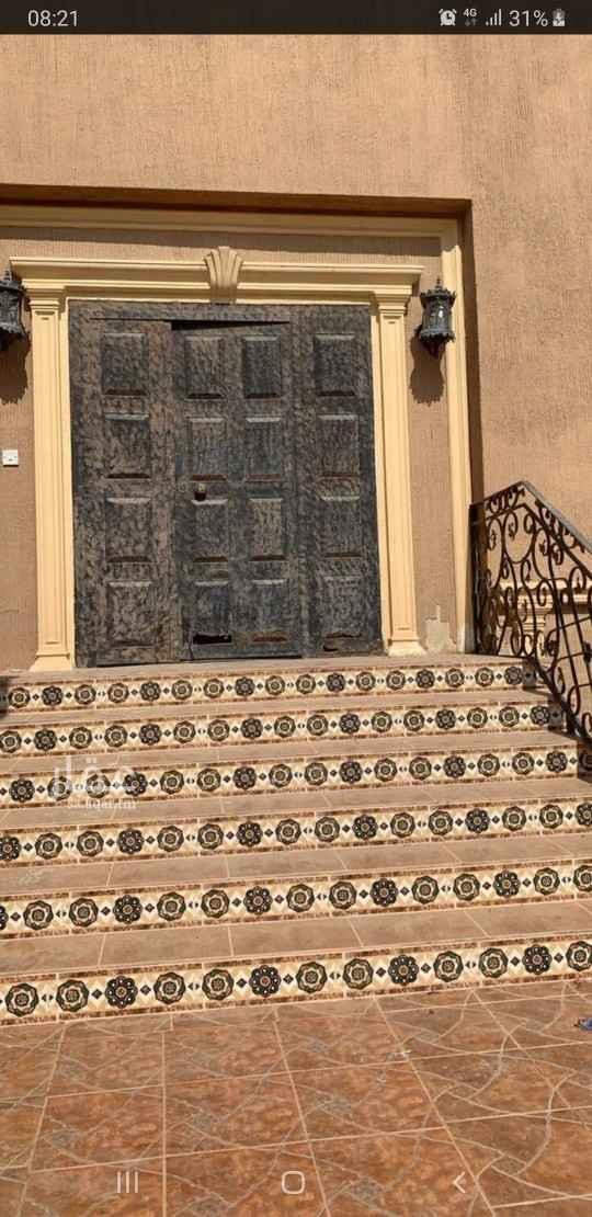 بيت للإيجار في شارع علي بن عبيد ، حي الشرفية ، الرياض