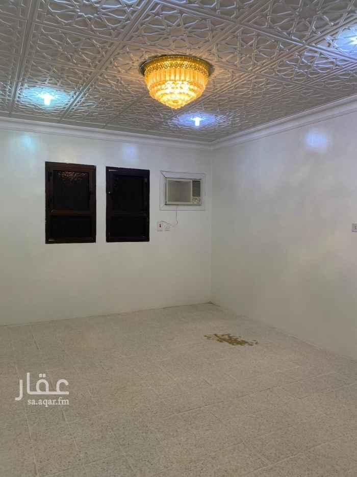 دور للإيجار في شارع طابا ، حي الروابي ، الرياض