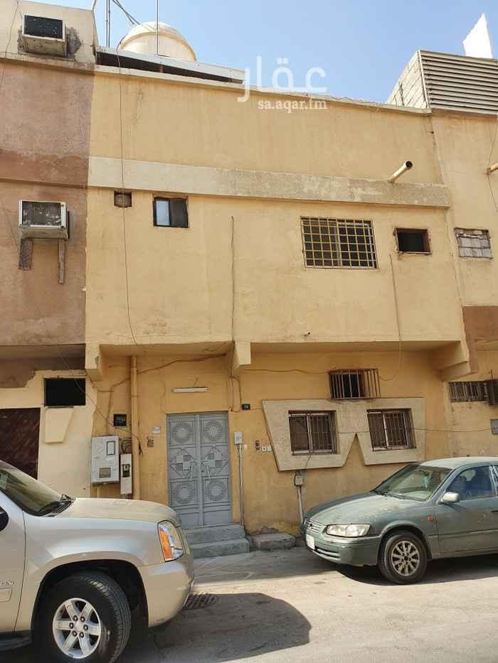 بيت للإيجار في شارع اغادير ، حي سلطانة ، الرياض ، الرياض