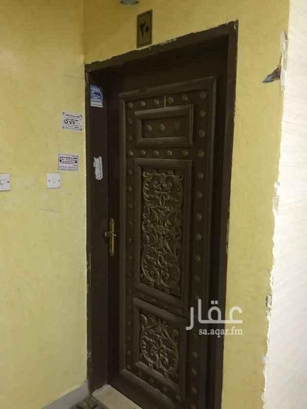 شقة للإيجار في شارع النوبيعة ، حي ظهرة لبن ، الرياض