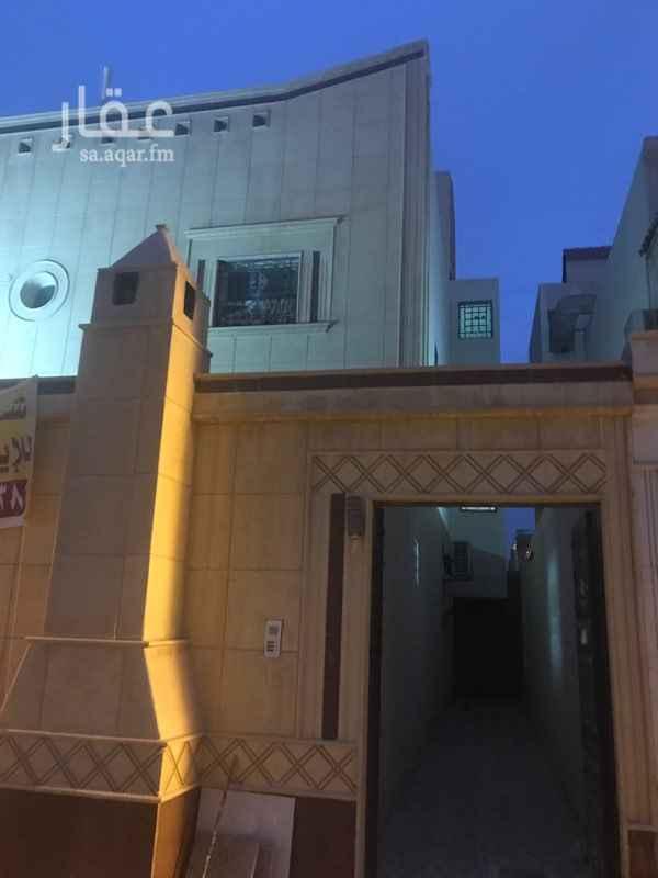 شقة للإيجار في شارع المشوار ، حي ظهرة لبن ، الرياض