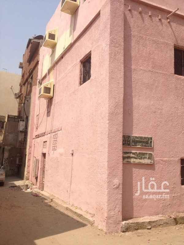 بيت للبيع في شارع درب السلف ، حي الجامعة ، جدة