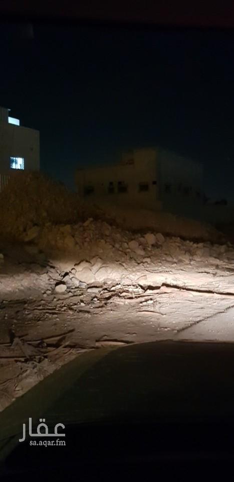 أرض للبيع في حي المناخ ، الرياض