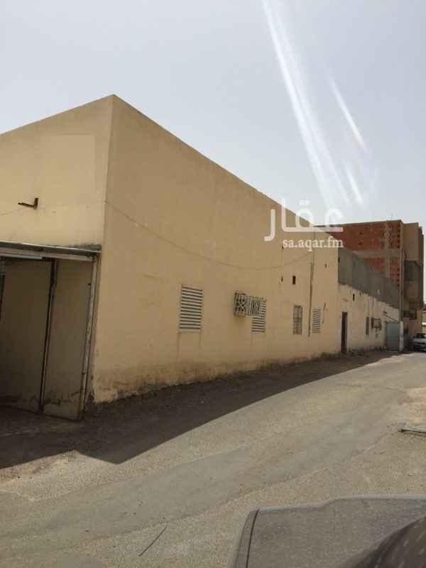 بيت للبيع في شارع بينها بن كريم بن الحارث ، حي الزهرة ، المدينة المنورة ، المدينة المنورة