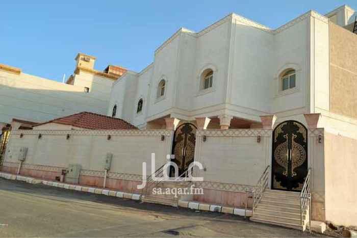 فيلا للبيع في شارع حفص بن ابي منصور ، حي مهزور ، المدينة المنورة