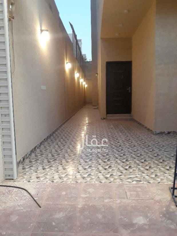 دور للإيجار في شارع محمد ريس ، الرياض