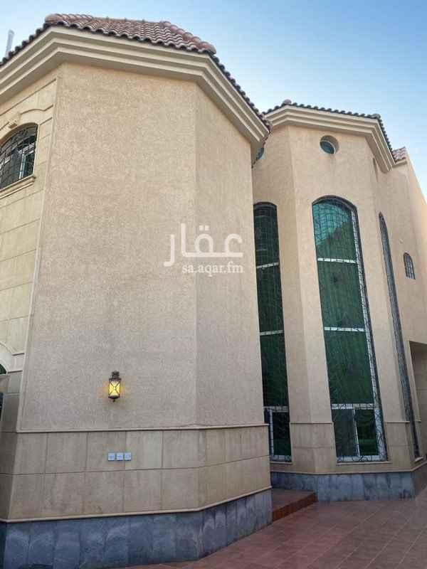 فيلا للبيع في شارع ابي بكر الصديق ، حي النفل ، الرياض ، الرياض
