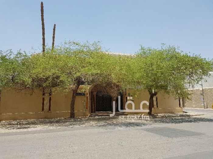 بيت للبيع في طريق الأمير سلطان بن عبدالعزيز ، حي العليا ، الرياض