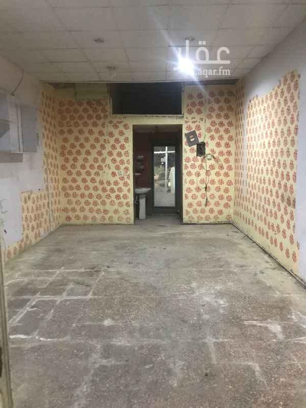 محل للإيجار في شارع سلطانه ، حي سلطانة ، الرياض