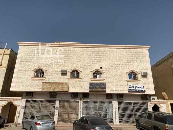 عمارة للبيع في شارع جنادة بن مالك ، حي طويق ، الرياض ، الرياض