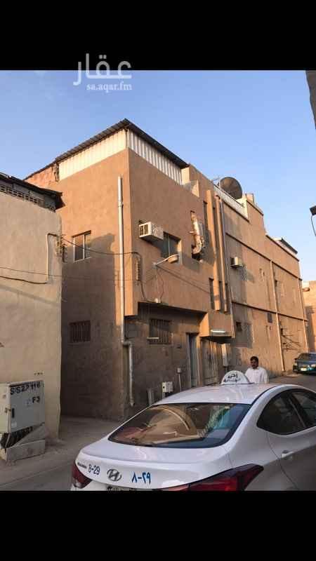 غرفة للإيجار في شارع عبدالله الطبيب ، حي الديرة ، الرياض
