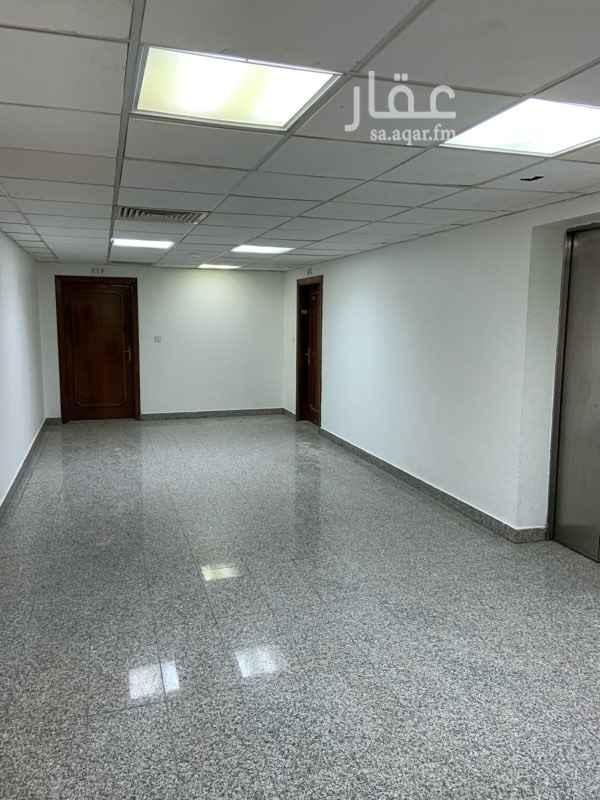 شقة للإيجار في شارع الامير عبدالعزيز بن مساعد بن جلوي ، حي المربع ، الرياض