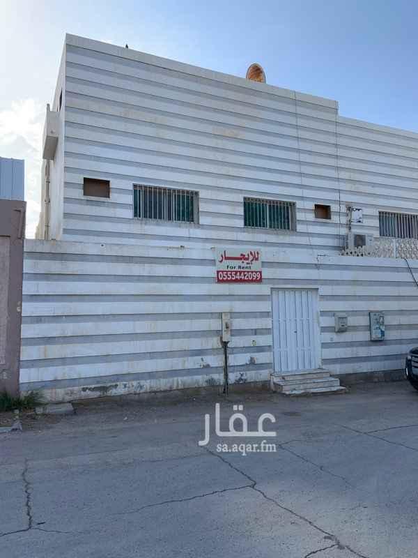 فيلا للإيجار في شارع ابن القفال ، حي العليا ، الرياض
