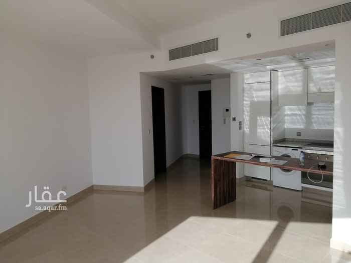شقة للإيجار في طريق الملك فهد الفرعي ، حي العقيق ، الرياض