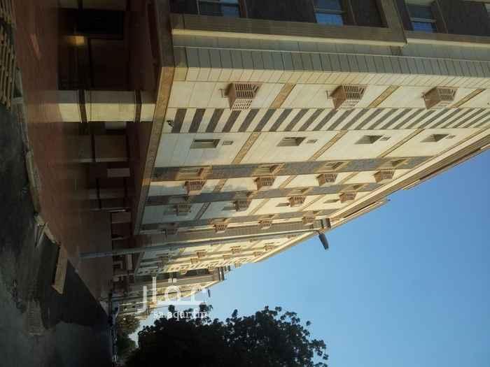 عمارة للإيجار في شارع حمد الجاسر ، حي الروضة ، جدة ، جدة