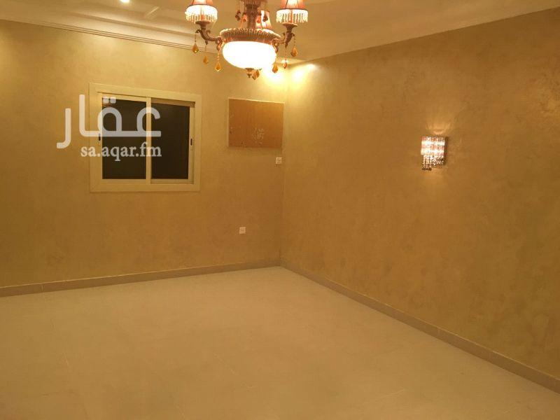 شقة للبيع في شارع عائد بن معاذ ، حي الصفا ، جدة