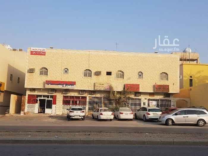 شقة للإيجار في شارع التحلية ، حي العقيق ، الرياض