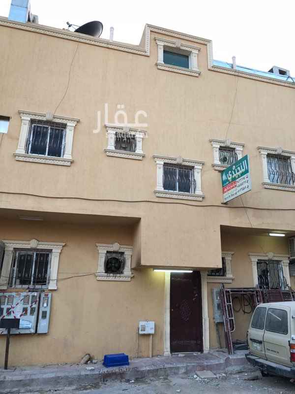 عمارة للبيع في شارع عز الدين المقدسي ، حي ثليم ، الرياض ، الرياض