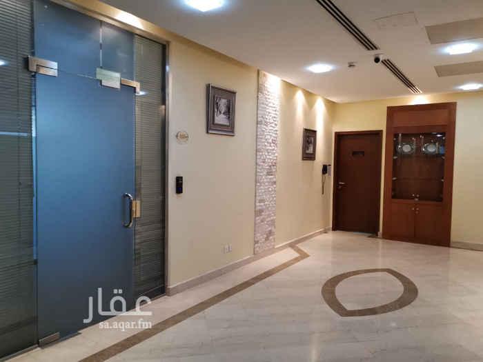 مكتب تجاري للإيجار في شارع رقم 58 ، حي العليا ، الرياض
