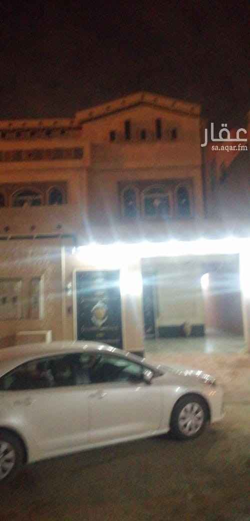 فيلا للإيجار في شارع محمد ناصر الحمود ، الرياض
