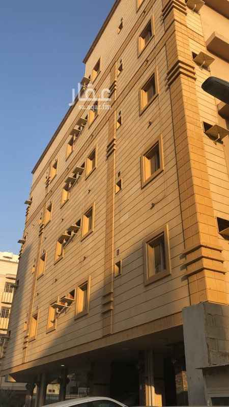 شقة للإيجار في شارع صلاح ذهني ، حي البوادي ، جدة