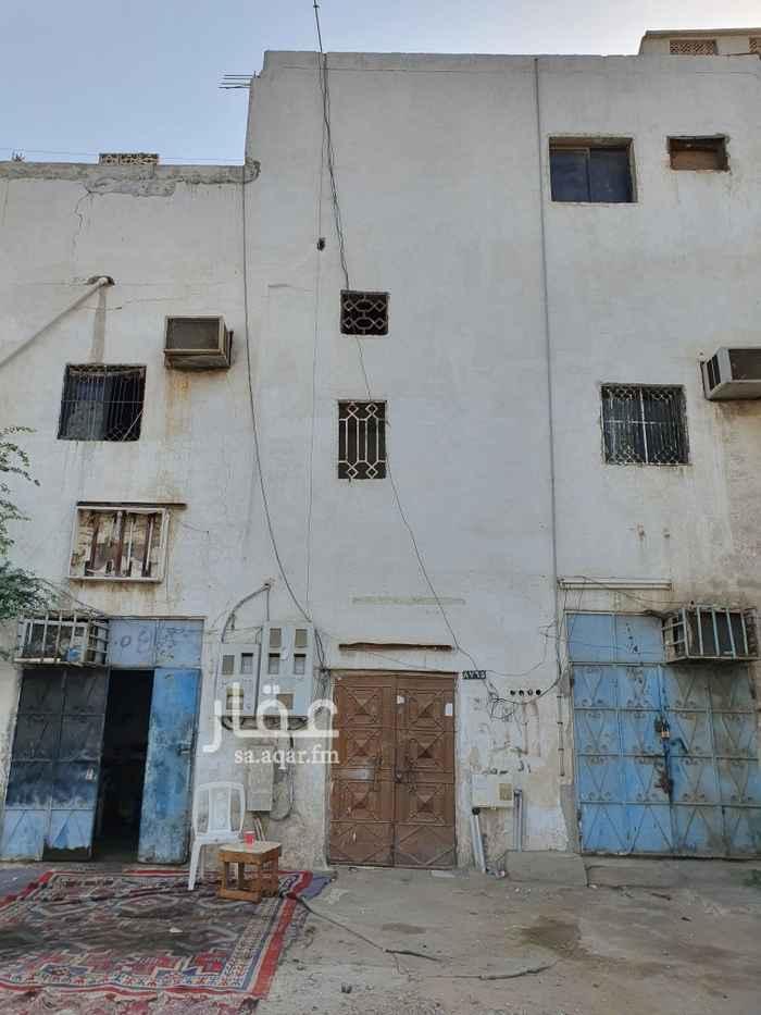 عمارة للبيع في شارع يزيد بن نعيم ، حي بترومين ، جدة ، جدة