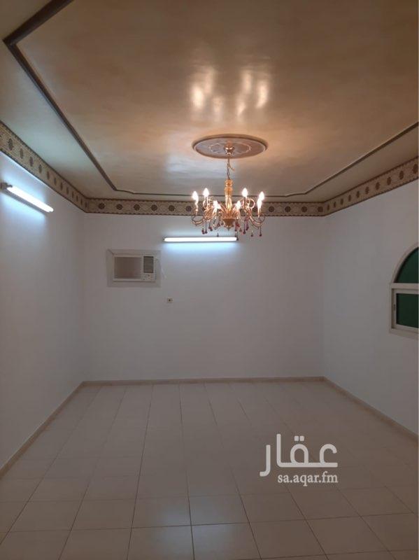 دور للإيجار في شارع الجدين ، حي اشبيلية ، الرياض ، الرياض