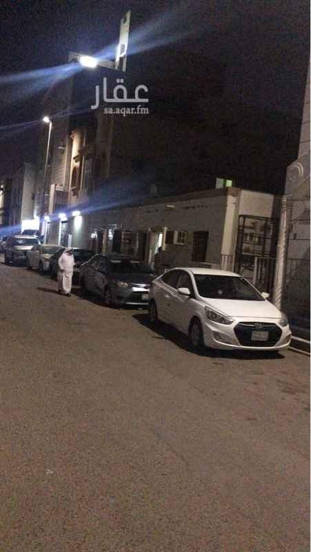 بيت للبيع في شارع اسماعيل الثقفي ، حي الربوة ، جدة