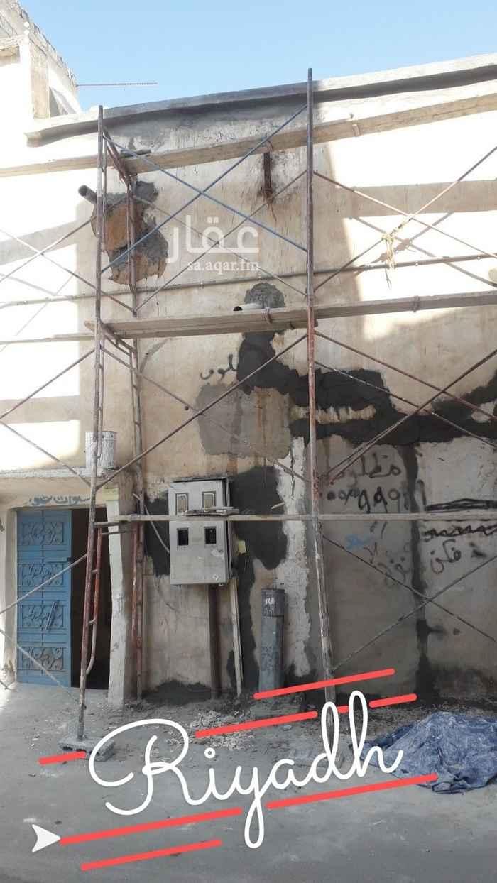 بيت للبيع في شارع العدوة ، حي عتيقة ، الرياض