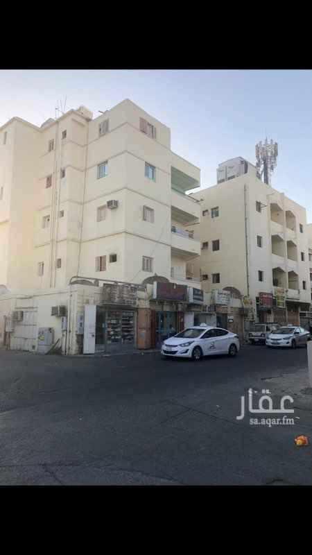 عمارة للإيجار في شارع الشرق ، حي الرويس ، جدة