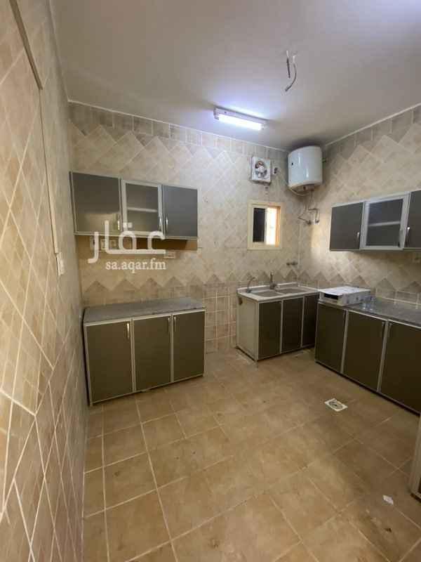 شقة للإيجار في شارع عبد السلام السعدي ، حي بدر ، الدمام ، الدمام