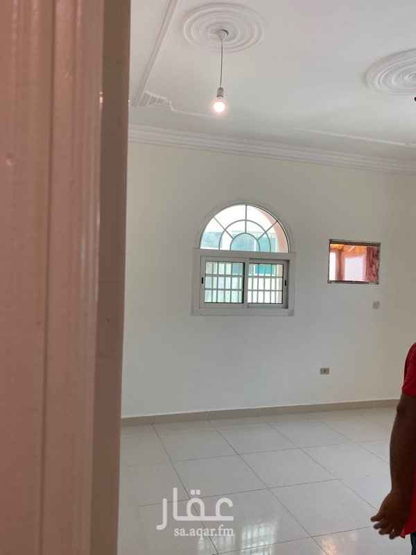 شقة للإيجار في شارع عثمان القيني ، حي المروة ، جدة ، جدة