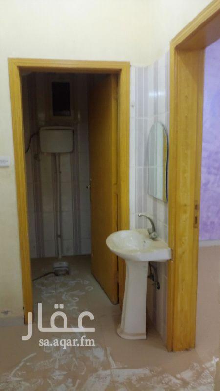 شقة للإيجار في شارع الشيوخ ، حي السعادة ، الرياض