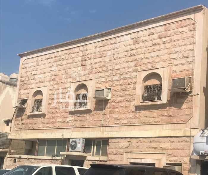 بيت للبيع في شارع أبها ، حي الثقبة ، الخبر ، الخبر