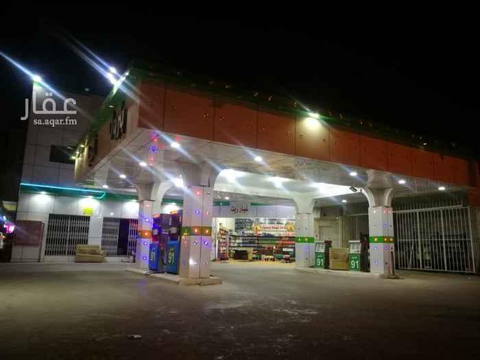 محل للإيجار في شارع الامير بندر بن عبدالعزيز ، حي الخليج ، الرياض ، الرياض