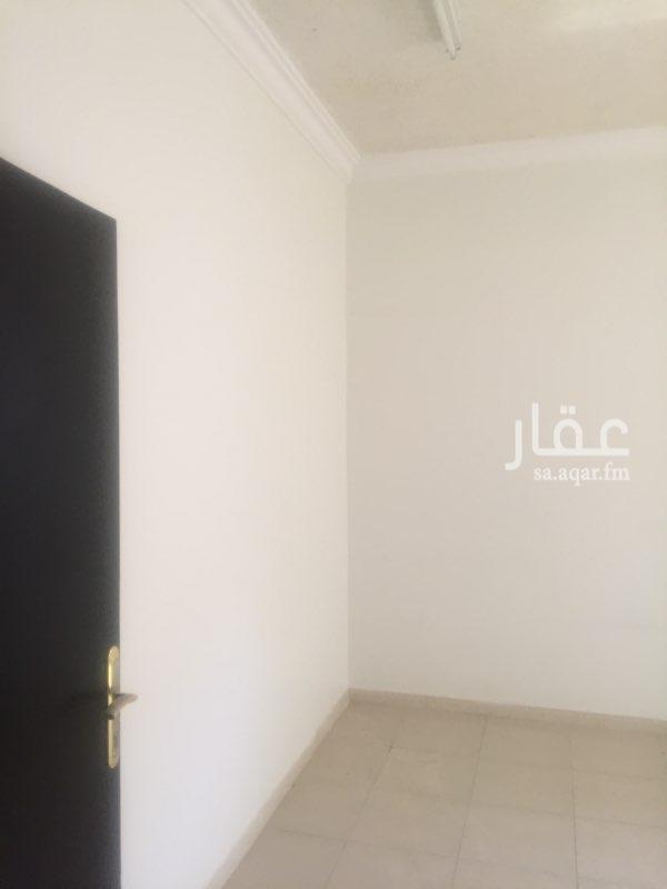 شقة للإيجار في شارع أبي سعيد الموصلي ، حي الرمال ، الرياض