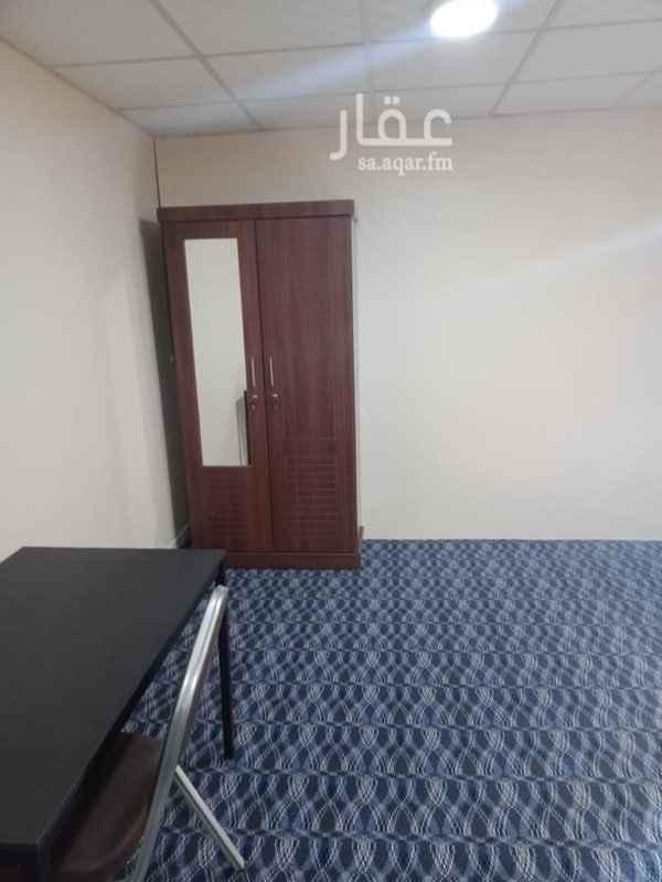 غرفة للإيجار في طريق خادم الحرمين الشريفين ، حي الثقبة ، الخبر ، الخبر
