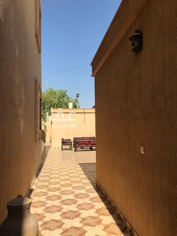 فيلا للبيع في شارع عويرضة ، حي الملك فهد ، الرياض ، الرياض