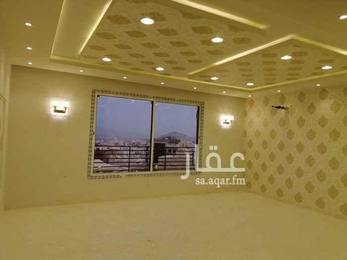 شقة للبيع في شارع عبد الله بن العباس ، حي الشوقية ، مكة ، مكة المكرمة