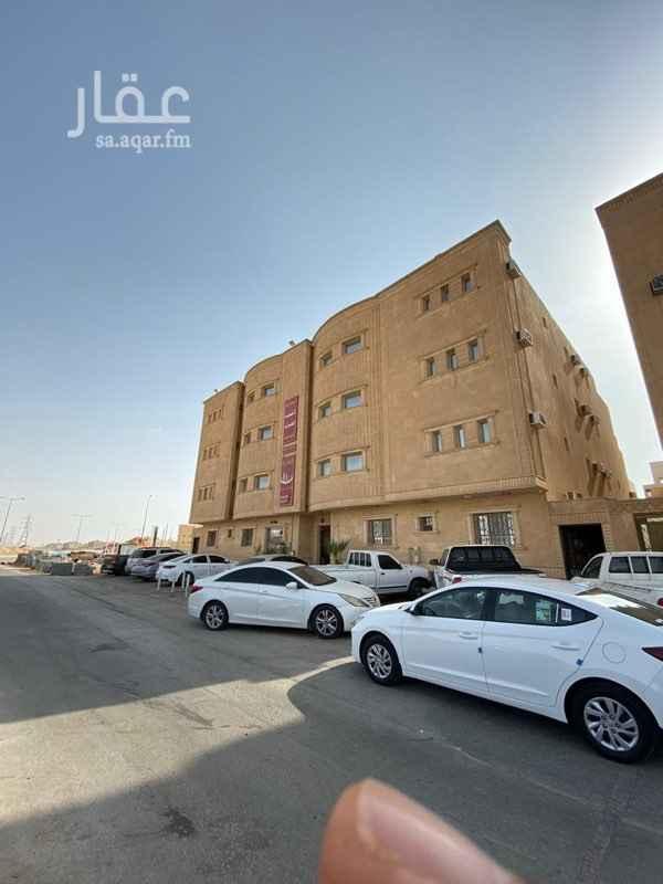 عمارة للبيع في شارع وادي الابطن ، حي النسيم الشرقي ، الرياض