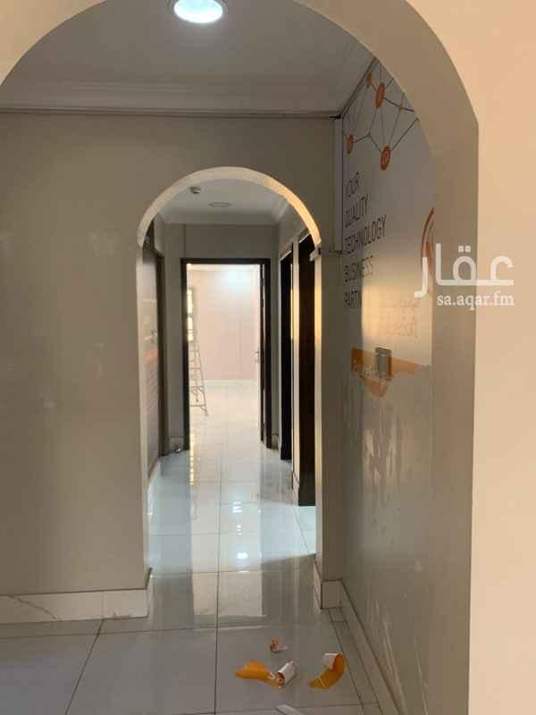 مكتب تجاري للإيجار في شارع الملك سعود ، حي المزروعية ، الدمام ، الدمام
