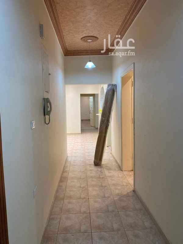 شقة للإيجار في شارع ابن الطرابلس ، حي الصفا ، جدة ، جدة