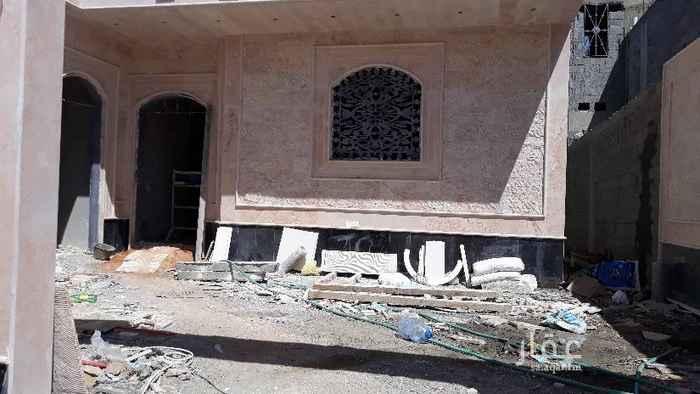 بيت للبيع في طريق الامير عبدالرحمن بن سعود ، الرياض